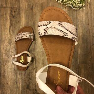 🐍 NEW Snake Skin Sandals 💕